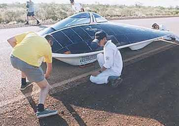 Honda solar powered racing car, Darwin to Adelaide World Solar Challenge