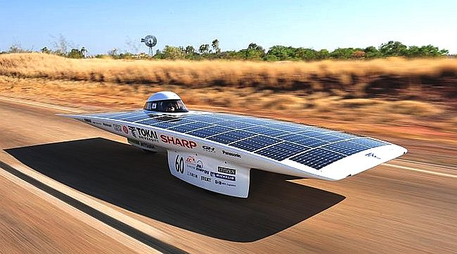 Racing across Australia from Darwin to Adelaide, the Tokai Challenger