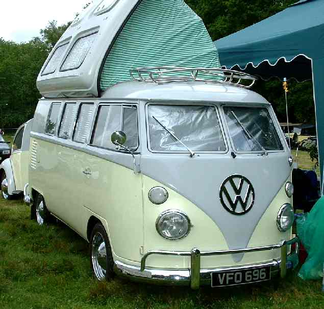 volkswagen combi kombi wagen van surfing bus vw ag. Black Bedroom Furniture Sets. Home Design Ideas