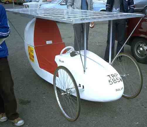 Alan Freeman's solar powered car first 1979