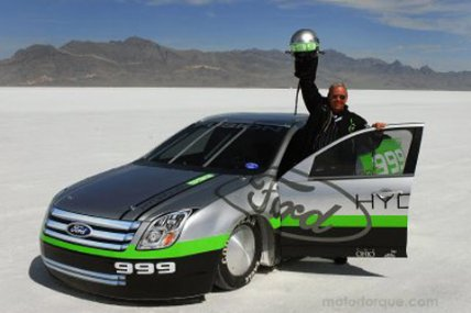 Ford Fusion Hydrogen 999 powered electric record car 207 mph