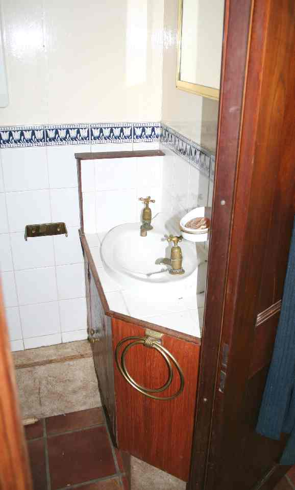 Gypsy caravan bathroom. Gypsy Caravan